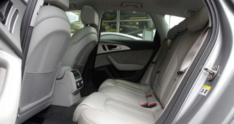 Audi A6 IV (2) AVANT 2.0 TDI ULTRA 190 AVUS S tronic Gris occasion à Chambourcy - photo n°4