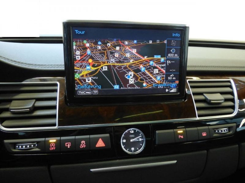 Audi A8 Quattro 3.0 TDI Quattro 258 CH Noir occasion à Beaupuy - photo n°4