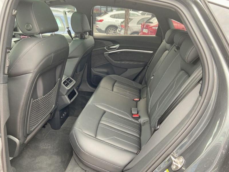 Audi e-tron Sportback 50 QUATTRO 313 AVUS Rétros Virtuels Toit Pano Pack Tour JA21 Gris occasion à Saïx - photo n°4