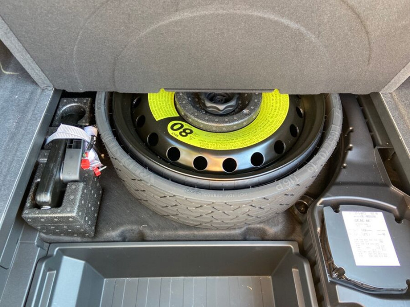 Audi e-tron Sportback 55 QUATTRO 408 SLINE GPS Toit Pano JA21 Attelage Gris occasion à Montauban - photo n°8