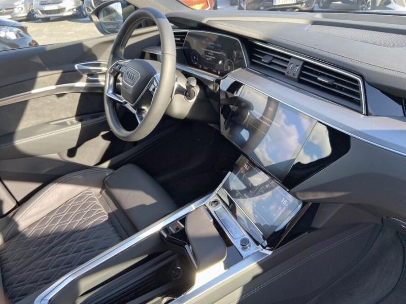 Audi e-tron Sportback 55 QUATTRO 408 SLINE GPS Toit Pano JA21 Attelage Gris occasion à Montauban - photo n°9