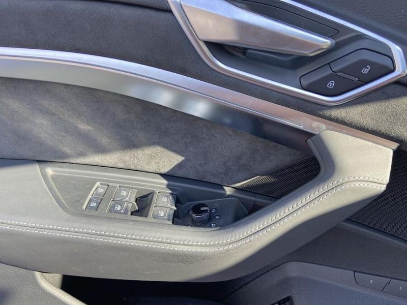 Audi e-tron Sportback 55 QUATTRO 408 SLINE GPS Toit Pano JA21 Attelage Gris occasion à Montauban - photo n°19