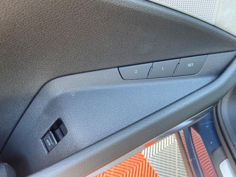 Audi e-tron Sportback 55 QUATTRO 408 SLINE GPS Toit Pano JA21 Rétros virtuels  occasion à Cahors - photo n°20
