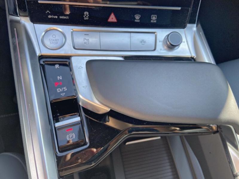 Audi e-tron Sportback 55 QUATTRO 408 SLINE GPS Toit Pano JA21 Rétros virtuels  occasion à Cahors - photo n°16