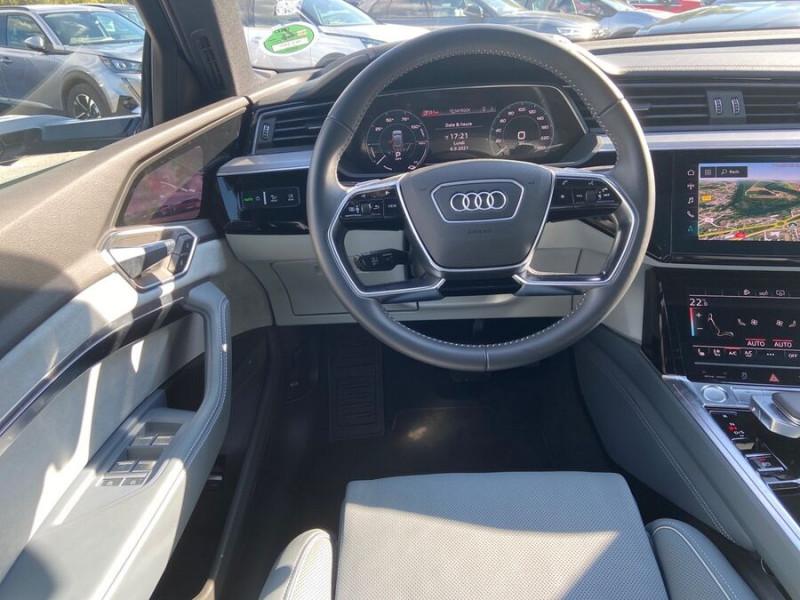 Audi e-tron Sportback 55 QUATTRO 408 SLINE GPS Toit Pano JA21 Rétros virtuels  occasion à Cahors - photo n°12