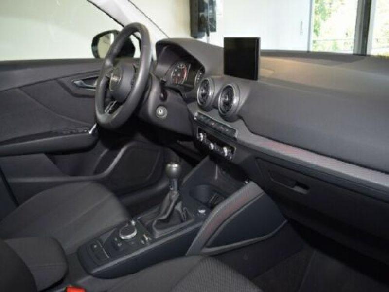 Audi Q2 1.0 TFSI 116 Noir occasion à Beaupuy - photo n°2