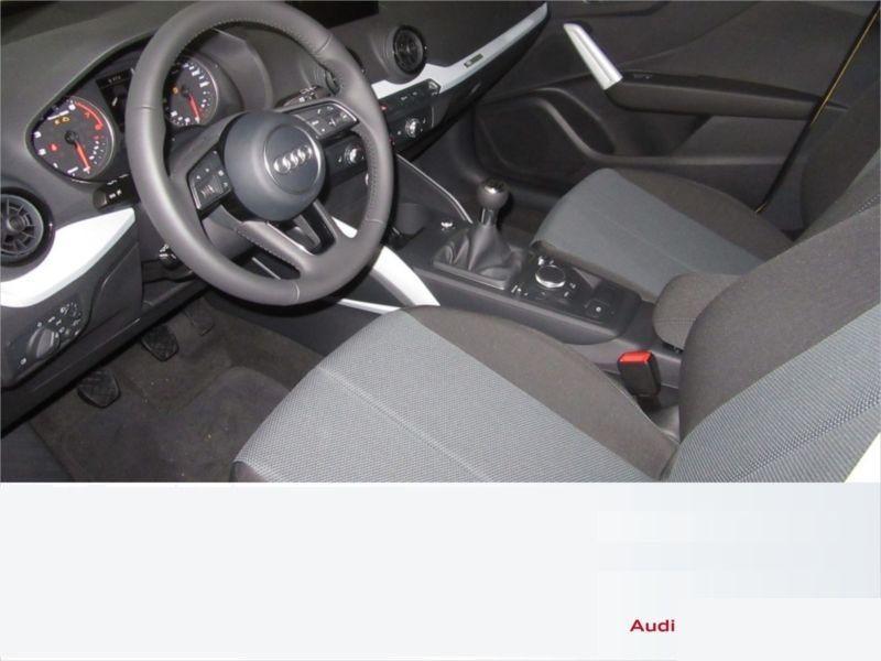 Audi Q2 1.4 TFSI 150 cv Jaune occasion à Beaupuy - photo n°4