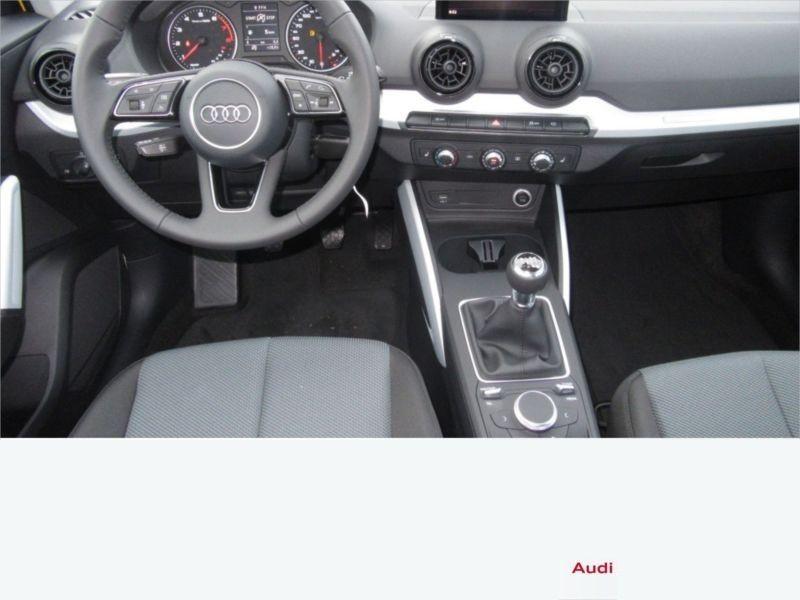 Audi Q2 1.4 TFSI 150 cv Jaune occasion à Beaupuy - photo n°2