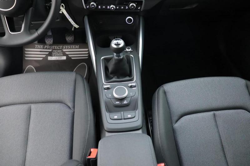 Audi Q2 1.6 TDI 116 ch BVM6 Sport Blanc occasion à Semécourt - photo n°11