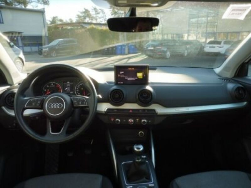 Audi Q2 1.6 TDI 116 Blanc occasion à Beaupuy - photo n°2