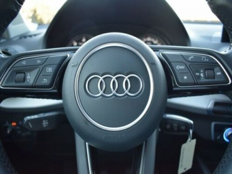 Audi Q2 1.6 TDI 116 Noir occasion à Beaupuy - photo n°7