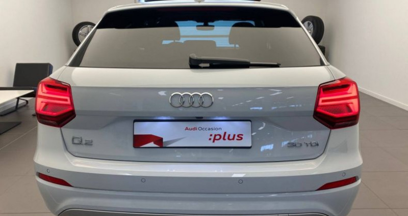 Audi Q2 30 TDI 116 S tronic 7 S Line Blanc occasion à Bourgogne - photo n°4
