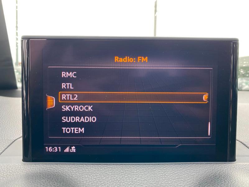 Audi Q2 30 TDI 116ch S line Euro6d-T Blanc occasion à Albi - photo n°17