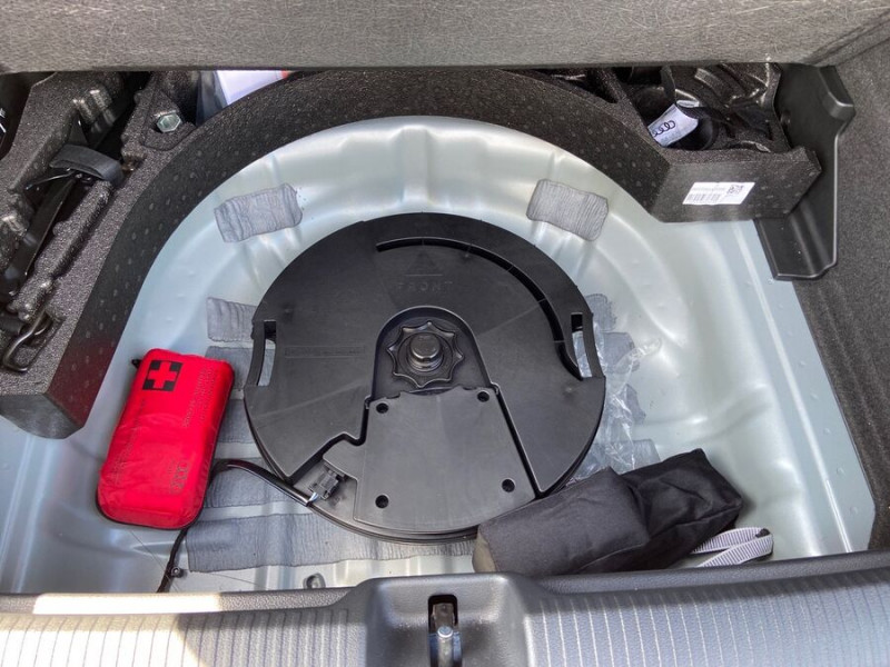 Audi Q2 30 TFSI 116 SPORT LIMITED LED JA17 GPS ATTELAGE Argent occasion à Carcassonne - photo n°8
