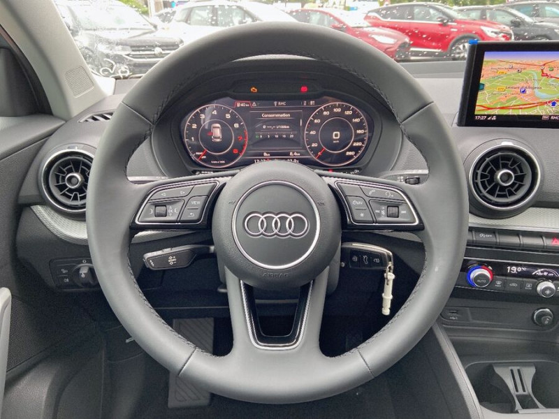 Audi Q2 NEW 30 TFSI 110 BV6 DESIGN GPS Cockpit LEDS Gris occasion à Montauban - photo n°13