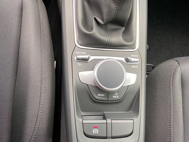 Audi Q2 NEW 30 TFSI 110 BV6 DESIGN GPS Cockpit LEDS Gris occasion à Montauban - photo n°16