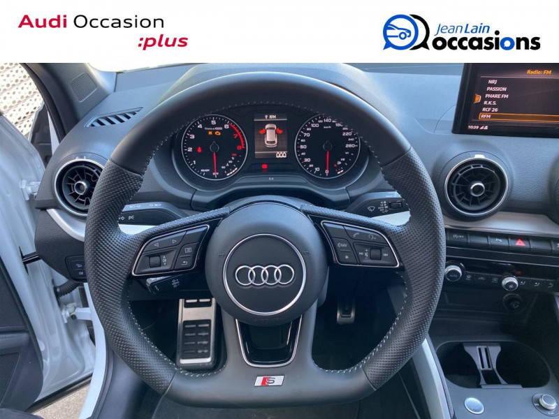 Audi Q2 Q2 1.4 TFSI COD 150 ch BVM6 S Line 5p Blanc occasion à Échirolles - photo n°10