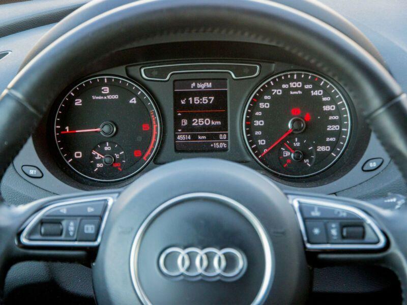 Audi Q3 2.0 TDI 140 Quattro Gris occasion à Beaupuy - photo n°7
