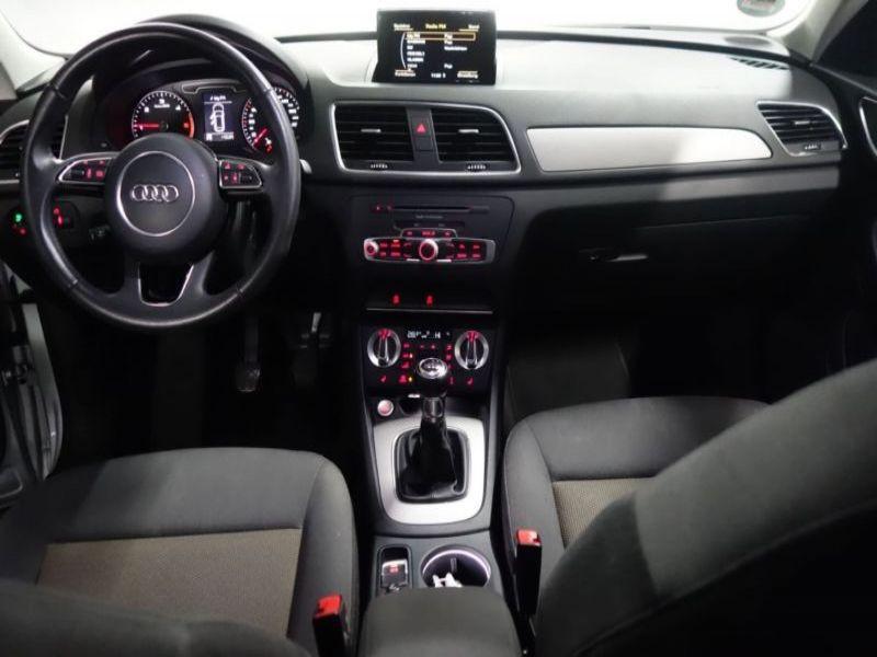 Audi Q3 2.0 TDI 140 Gris occasion à Beaupuy - photo n°2