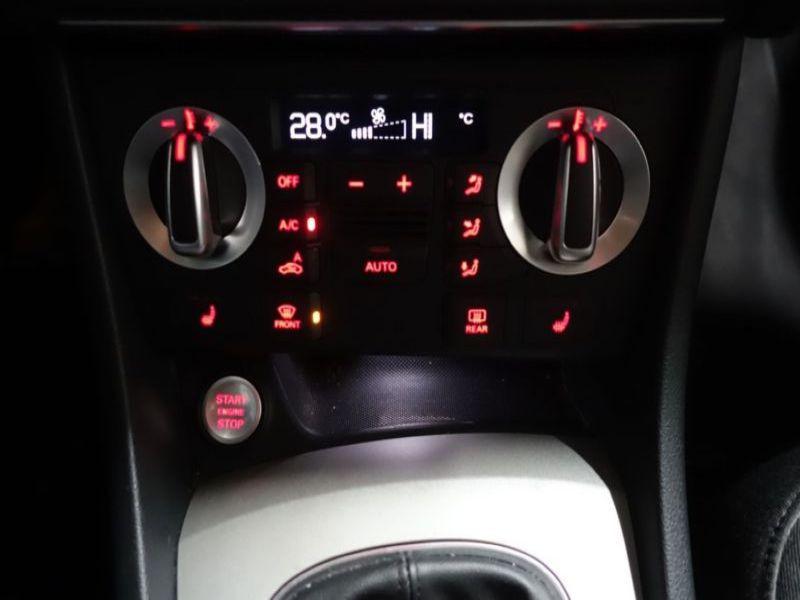 Audi Q3 2.0 TDI 140 Gris occasion à Beaupuy - photo n°8