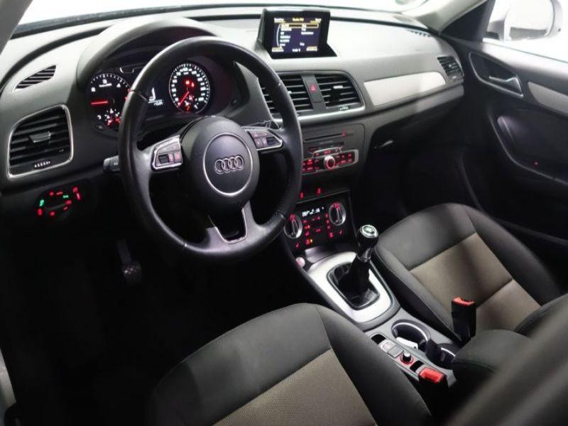 Audi Q3 2.0 TDI 140 Gris occasion à Beaupuy - photo n°4