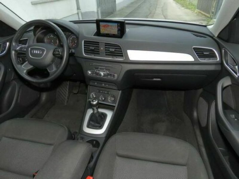 Audi Q3 2.0 TDI 150 Blanc occasion à Beaupuy - photo n°2