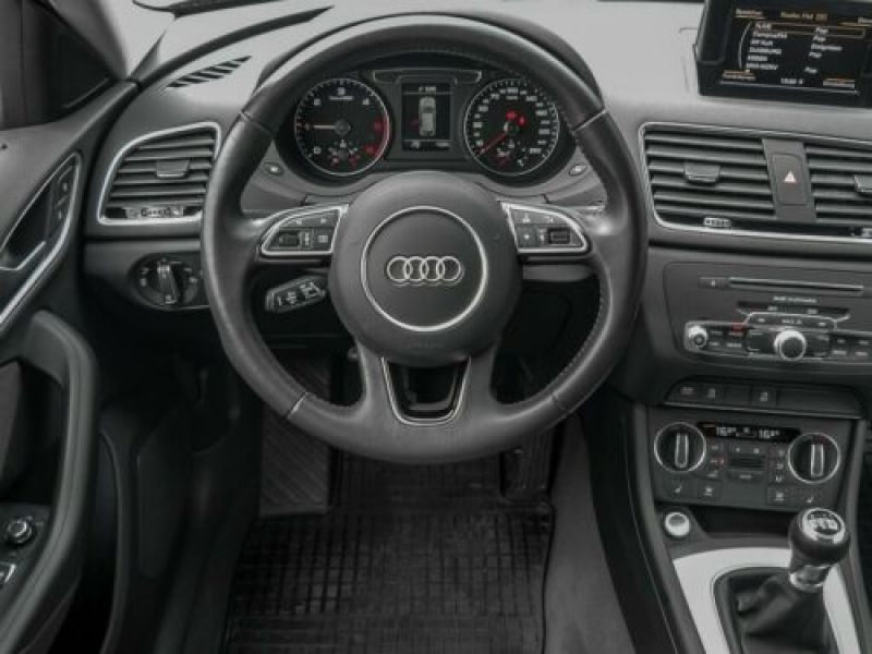 Audi Q3 2.0 TDI 150 Noir occasion à Beaupuy - photo n°6