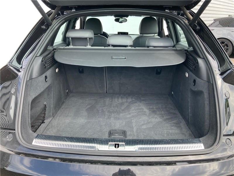 Audi Q3 2.0 TDI 184 CH S TRONIC 7 QUATTRO S line Noir occasion à MERIGNAC - photo n°15