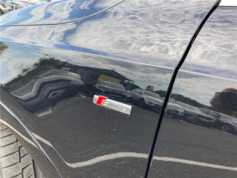 Audi Q3 2.0 TDI 184 CH S TRONIC 7 QUATTRO S line Noir occasion à MERIGNAC - photo n°19