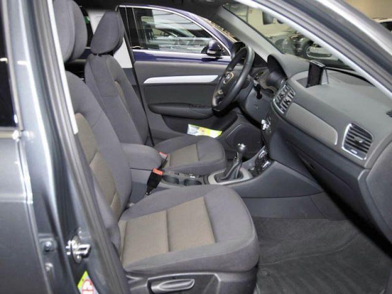 Audi Q3 2.0 TDI Quattro 177 Gris occasion à Beaupuy - photo n°5