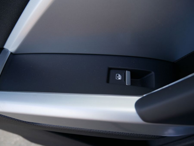 Audi Q3 35 TDI 150 BV6 QUATTRO SPORTLINE GPS Full LED Virtual Cockpi Gris occasion à Montauban - photo n°11