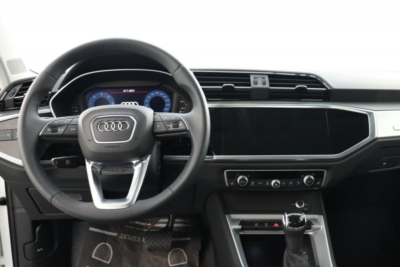 Audi Q3 35 TDI 150 ch S tronic 7 Quattro Design Blanc occasion à Tours - photo n°4