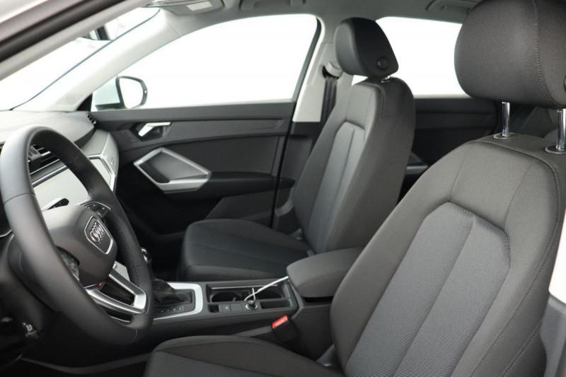Audi Q3 35 TDI 150 ch S tronic 7 Quattro Design Blanc occasion à Tours - photo n°5