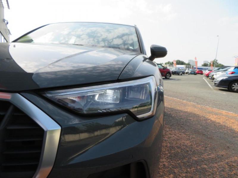Audi Q3 35 tdi 150ch S tronic 7 Design Gris occasion à Labège - photo n°8
