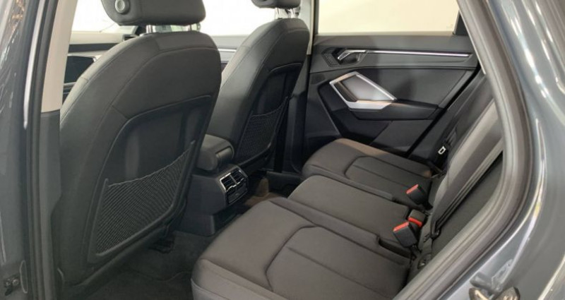Audi Q3 35 TFSI 150 ch S tronic 7 Limited Gris occasion à Bourgogne - photo n°7