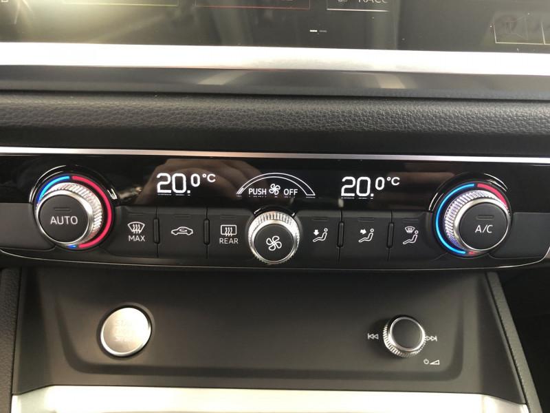 Audi Q3 35 TFSI 150CH DESIGN Blanc occasion à FENOUILLET - photo n°14