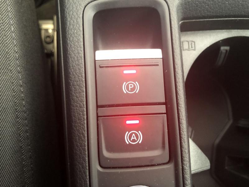 Audi Q3 35 TFSI 150CH DESIGN Blanc occasion à FENOUILLET - photo n°18