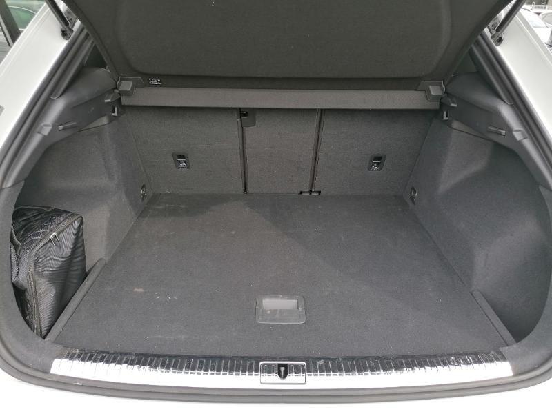 Audi Q3 35 TFSI 150ch S line S tronic 7 Blanc occasion à Fleury-les-Aubrais - photo n°16
