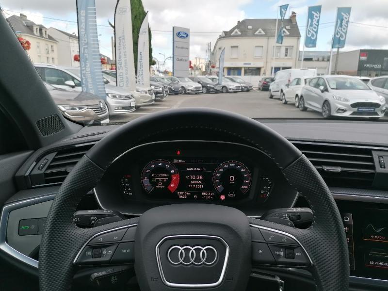 Audi Q3 35 TFSI 150ch S line S tronic 7 Blanc occasion à Fleury-les-Aubrais - photo n°11