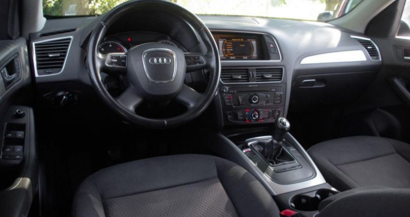 Audi Q5 (2) 2.0 TDI 143 DPF AMBIENTE QUATTRO  occasion à Chambourcy - photo n°2