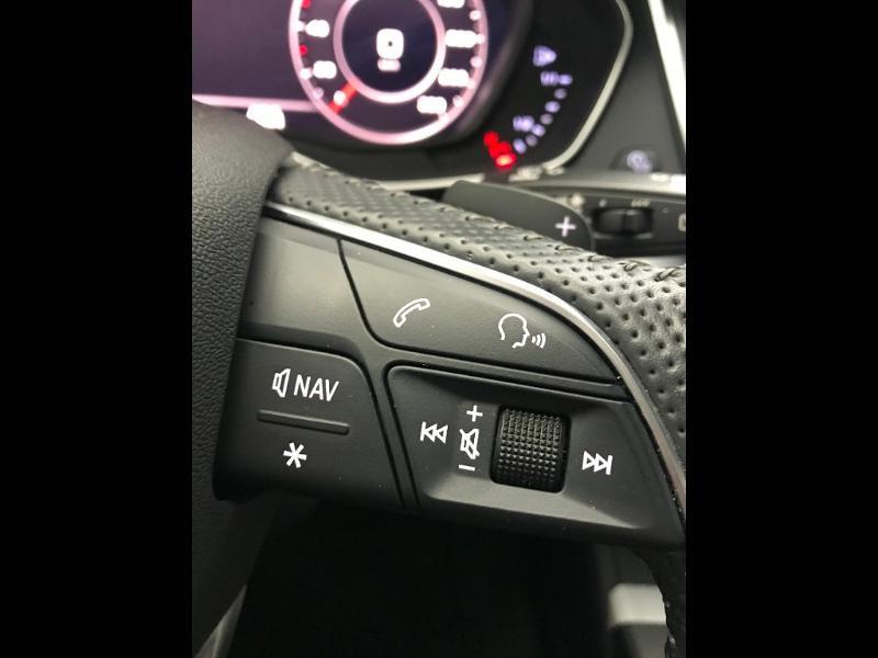 Audi Q5 2.0 TDI 190 ch S line quattro S tronic 7 Blanc occasion à Onet-le-Château - photo n°17