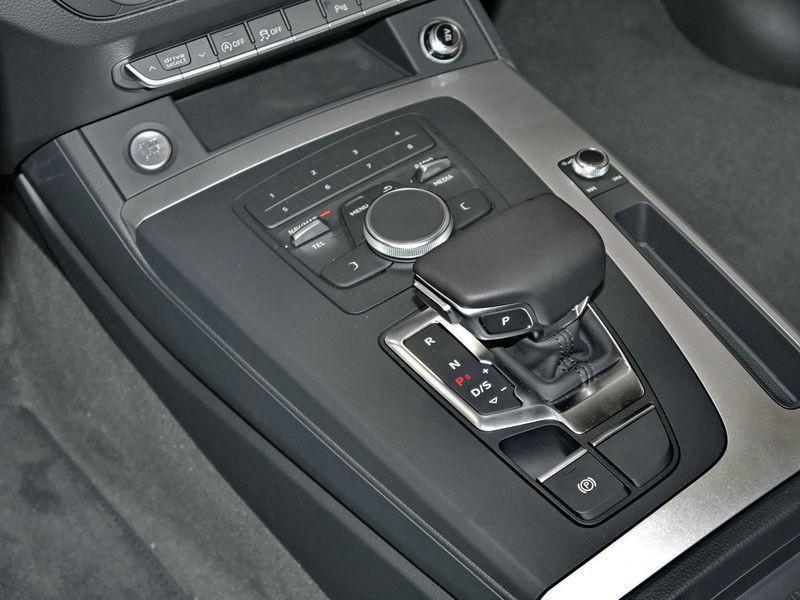 Audi Q5 2.0 TDI Quattro 163 Bleu occasion à Beaupuy - photo n°6
