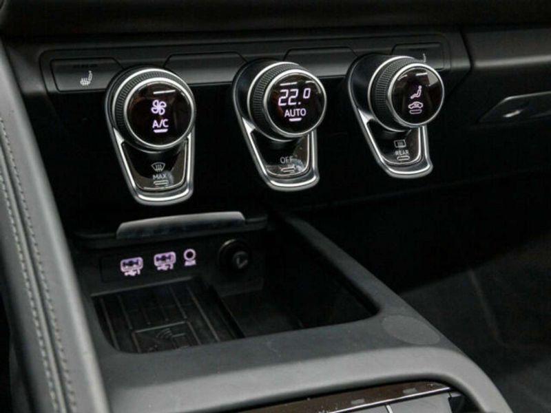 Audi R8 Spyder 5.2 FSI V10 Performance Quattro 620 Jaune occasion à BEAUPUY - photo n°9
