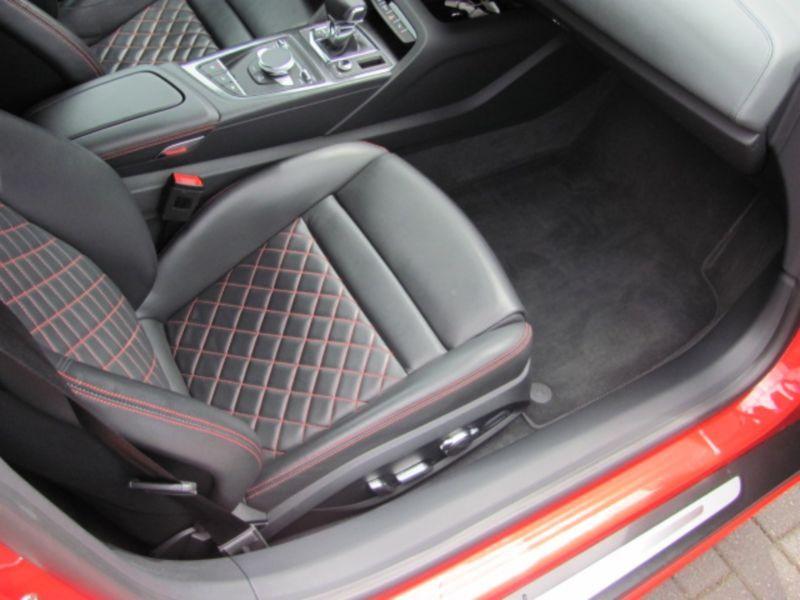Audi R8 Spyder 5.2 FSI V10 Quattro 540 Rouge occasion à Beaupuy - photo n°5