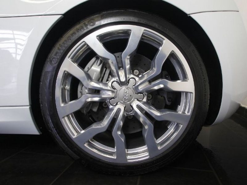 Audi R8 Spyder V10 5.2 FSI 525 ch Blanc occasion à BEAUPUY - photo n°8