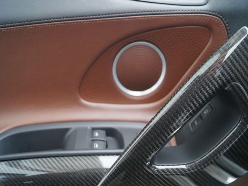 Audi R8 Spyder V10 5.2 FSI 525 ch Blanc occasion à BEAUPUY - photo n°5