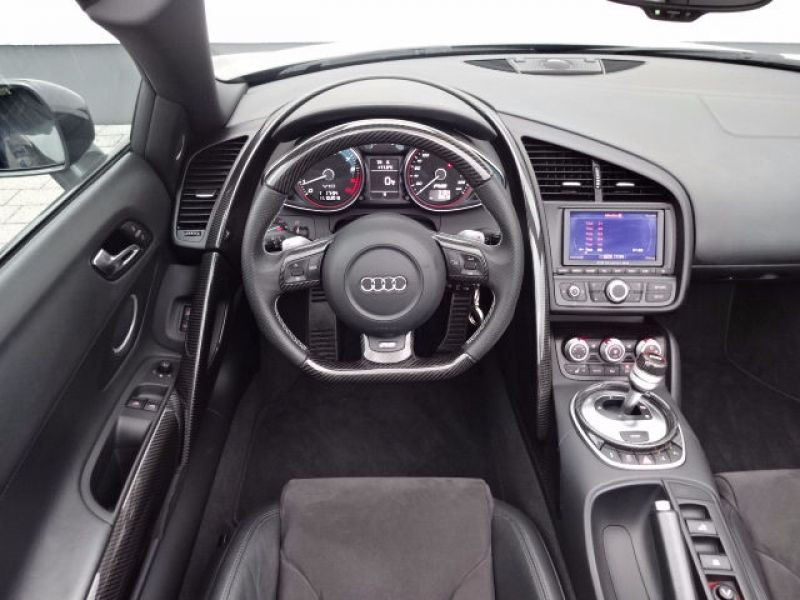 Audi R8 Spyder V10 5.2 FSI 525 ch Gris occasion à BEAUPUY