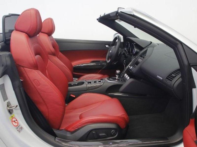 Audi R8 Spyder V10 5.2 FSI 525 ch Blanc occasion à BEAUPUY - photo n°3