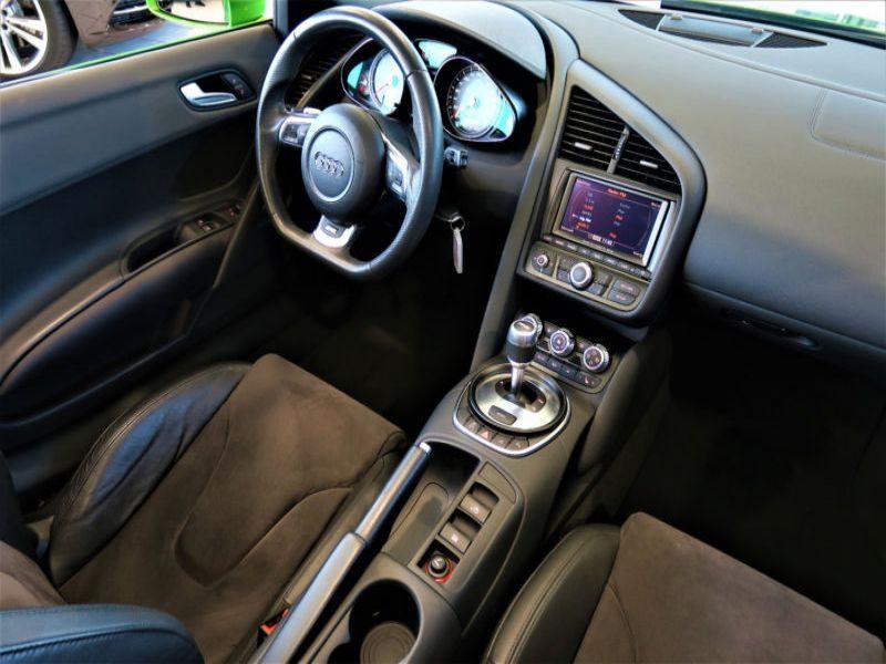 Audi R8 Spyder V8 4.2 FSI Quattro 430 ch Vert occasion à BEAUPUY - photo n°4