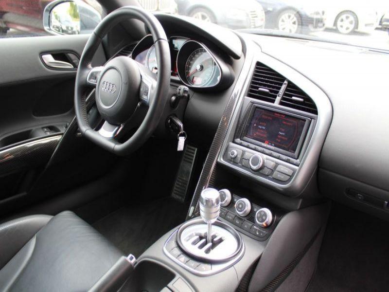 Audi R8 4.2 FSI Quattro 420 Gris occasion à BEAUPUY - photo n°6